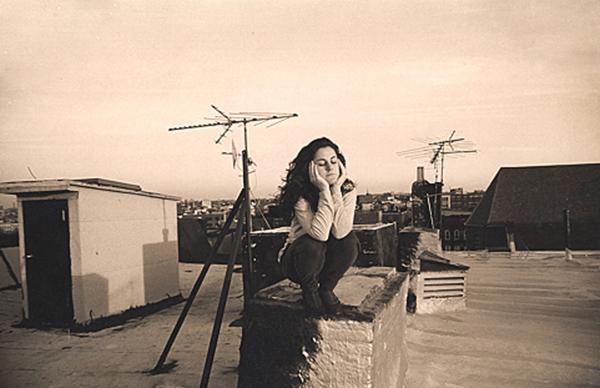 שרלוט על הגג