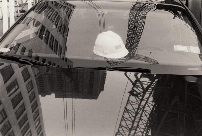 Hat in car, Manhatten, New York, 1990