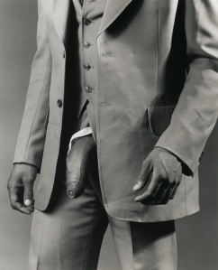 man-in-a-polyester-suit-by-robert-mapplethorpe-1980-1352372123_org