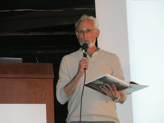 שבתאי מג׳ר בערב ההשקה של ספר ״השדרה״